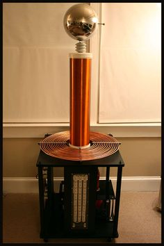 homemade tesla coil - yes, yes, yes, I want one that really works.