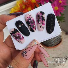 Uñas One Stroke, One Stroke Nails, Diy Acrylic Nails, Gel Nail Art, Fabulous Nails, Perfect Nails, Stylish Nails, Trendy Nails, Nail Art Designs Videos
