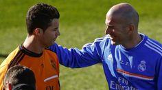 optimnews sport   Zinedine Zidane tidak mungkin mengambil risiko bermain Cristiano Ronaldo dalam pe...