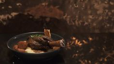 Lisa & John's Braised Lamb Shanks and Mash Lamb Shank Recipe, Maine, Braised Lamb Shanks, My Kitchen Rules, Raspberry Cheesecake, Latest Recipe, New Recipes, Lamb Recipes, Kitchens