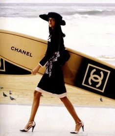 Chanel ~ yes of course, I always go surfing like this!