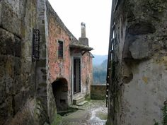 Calcata Antica Alley (Viterbo), Italy - © Giuseppe De Giacometti