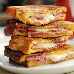 Ham and cheese never looked so good. Try this easy Monte Cristo Sandwich for breakfast, lunch or dinner.