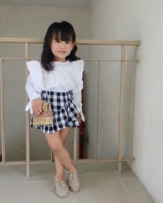 Cute style for girls Little Girl Outfits, Little Girl Fashion, Toddler Girl Outfits, Little Girl Dresses, Toddler Fashion, Kids Outfits, Kids Fashion, Girls Dresses, Sewing Baby Clothes