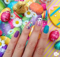 Easter nail ideas for you to try at home or take to your manicurist to get the cutes Easter nail art design. Easter nail art is a festive way to celebrate. Easter Nail Designs, Easter Nail Art, Holiday Nail Designs, Nail Designs Spring, Holiday Nails, Christmas Nails, Nail Art Designs, 4th Of July Nails, Thanksgiving Nails