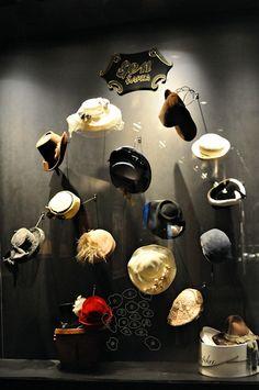 FashionOnBoard: Vakko Moda Merkezi #www.instorevoyage.com #in-store marketing #visual merchandising