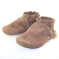Soft Sole Eco Friendly Leather Baby Shoes Moccasins 18 by KaBoogie, $32.00