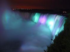 The niagara falls- gorgeous!