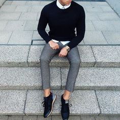 fall colors // menswear, mens style, fashion, sneakers, sweater, oxford, watch, hairstyle, haircut