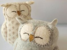 Cute owls crafts. I LOVE owls!! ;)