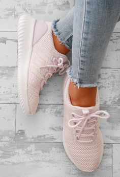 For all you girly girls who love your trainers these super cute pink Adidas cloudfoam ultimate trainers are a must have! With a pink mesh upper and white cloudfoam cushioned soles these pink and white Adidas trainers are lush for hitting the gym or with y