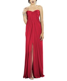 Stylist NotesThis dress is really flattering on. I always recommend this dress when girls are concerned with their tummies. -CecilieDescriptionDessy Collection 2879Fulllength bridesmaid dressSweetheart necklineEmpirewaistLuxChiffon