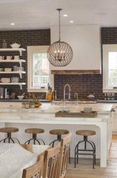 farmhouse-style-home-remodel-richardson-architects-04-1-kindesign