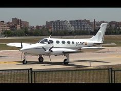 Takeoff Cessna 340A (EC-DYT) Sabadell Airport
