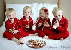 Diy Christmas Pictures Kids 18 Ideas For 2019 Xmas Pictures, Family Christmas Pictures, Christmas Photos, Xmas Pics, Holiday Photos, Family Pictures, Christmas Mini Sessions, Christmas Pjs, Christmas Photo Cards