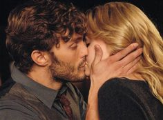 ONCE UPON A TIME, JAMIE DORNAN, JENNIFER MORRISON