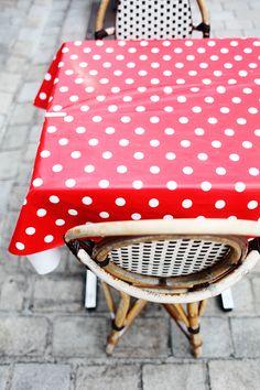 Street Cafe table cloth