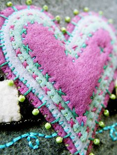 heart of felted layers felt jewelry brooch pin stitching embroidery how to DIY project design template pattern handmade sewing craft idea
