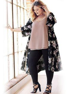 Plus Size Winter Kimono Outfit - Plus Size Womens - Large Size Fashion for Chubby - - Look Plus Size, Trendy Plus Size, Plus Size Women, Plus Size Fashion For Women Summer, Plus Size Formal, Plus Size Lace Dress, Plus Size Black Dresses, Dress Lace, Fancy Dress