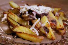 Vegetarian Poutine using our Mushroom Marsala Fresh Sauce!