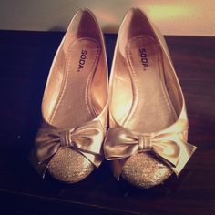 Sparkle Ballet Flats Sparkle toe with Bow Flats.... adorable and only worn a couple times. Soda Shoes Flats & Loafers