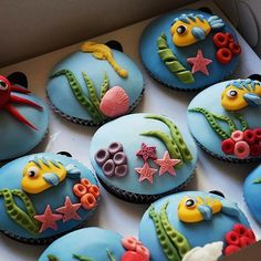 Little Mermaid Under the Sea or Finding Nemo cupcakes