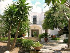 Caprese villa is a surprising Mediterranean-style whitewashed masterpiece, nestled on the Island of Capri near the famous Blue Grotto the Amalfi Coast [. Luxury Villas Italy, Villas In Italy, Amalfi Coast Italy, Capri Italy, Vacation Places, Vacation Villas, Vacations, Villa Amalfi, Capri Island