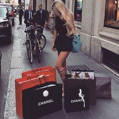 Shopping, luxury, lifestyle || @ttuci