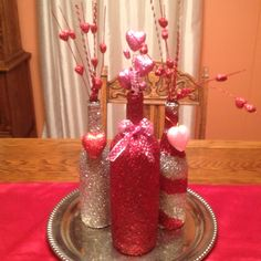 Wine bottles with glitter! So simple, who would have thought! Love this idea!