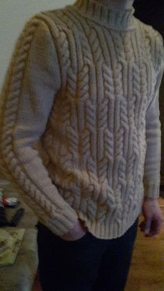 56 Ideas Knitting Men Pattern Sweater Mens Jumpers For 2019 Handgestrickte Pullover, Crochet Cardigan Pattern, Sweater Patterns, Hand Knitted Sweaters, Mens Jumpers, Sweater Design, Winter Sweaters, Winter Jumpers, Knitting Patterns Free