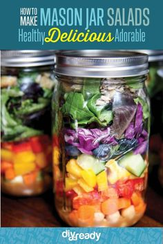 Want to eat your greens all week long, but find it difficult to bring all your salad fixings to work or school? Hello mason jar salad recipes!