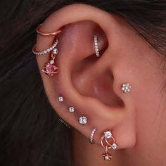 Pretty Ear Piercings, Ear Peircings, Ear Piercings Tragus, Piercing Tattoo, Accesorios Casual, Ear Jewelry, Stylish Jewelry, Cute Earrings, Blue Nails