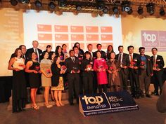 Assetlink's Alison Hahn receives the Top Employers Award in Shanghai at the Asia Pacific Top Employers Awards.