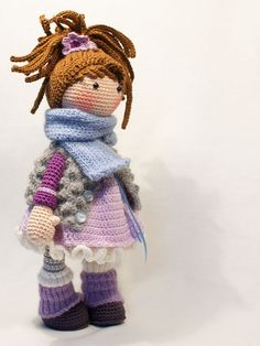 Crochet pattern for doll MIA Deutsch English Français