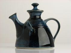 Ireland Pottery: Louis Mulcahy Pottery, Ballyferriter, Dingle, Co. Kerry - Dining