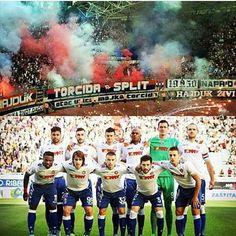 U životu samo volim ja splitskog Hajduka, splitskog Hajduka Nikad nećeš ti ostati sam, uz tebe je Torcida o-o-o-o-o-o-o-o-o-o #hajduk #torcida #1950 #ajmooo ♥♥♥ #hžv