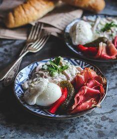 Karamelové mini cheesecaky - Coolinári | food blog Panna Cotta, Cheesecake, Ethnic Recipes, Blog, Glitter, Mini, Basket, Dulce De Leche, Cheesecakes