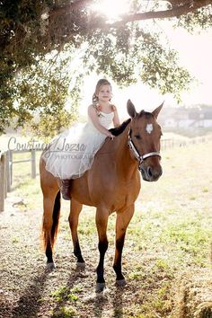 Horse Barn Session...so doing this with my kid.