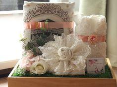 New Diy Beauty Gifts Basket 34 Ideas New Diy Beauty Gifts Basket 34 Ideas Wedding Gift Wrapping, Wedding Gift Boxes, Diy Wedding, Wedding Gifts, Wedding Flowers, Wedding Ideas, Diy Flowers, Wedding Favors, Wedding Inspiration