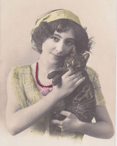 1913 Lovely Edwardian Lady with Cat Original Vintage French Postcard | eBay
