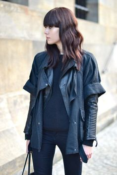 isabel marant linen jacket over leather jacket. love this sharp look