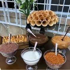 New wedding food catering simple Ideas Die Dinos Baby, Wedding Food Catering, Food Stations, Icecream Bar, Ice Cream Party, Food Presentation, Dessert Table, Food And Drink, Sweets