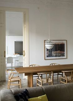 Midcentury Modern in Barcelona: At Home with Elina Vila and Agnès Blanch of Minim - Remodelista