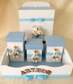 Um kit útil e cheio de encanto para decorar o quartinho do seu príncipe ou princesa: