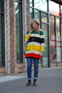 Intensely coveting this vintage Pendleton coat.