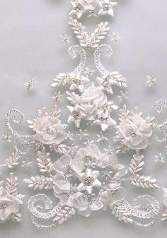 Claire Pettibone - Veil -Couture Bridal l Wedding Dresses, Bridal Gowns, Fashion Designer, Veils, Accessories
