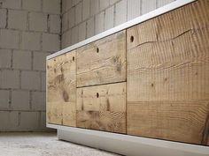 mobile con ante in legno