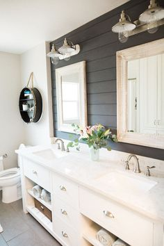 Awesome 48 Awesome Country Mirror Bathroom Decor Ideas. More at https://homishome.com/2018/08/09/48-awesome-country-mirror-bathroom-decor-ideas/ Bathroom Renos, Home Reno