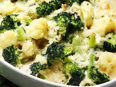 Spaghetti Squash Casserole, Chicken Broccoli Casserole, Chicken Spaghetti Squash, Pasta, Different Recipes, Salad, Baking, Dinner, Vegetables
