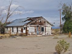 Abandoned Building, Essex, California. Mojave Desert